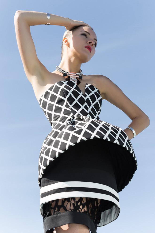 Phối đồ đen trắng cực chất từ fashionista nổi tiếng thế giới 3